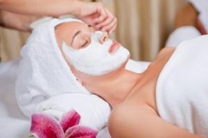 Hautpflege - Gesichtsbehandlung